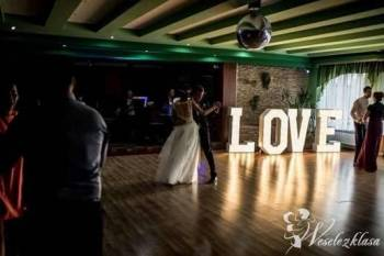 Napis litery podświelane LOVE, Napis Love Nowy Staw