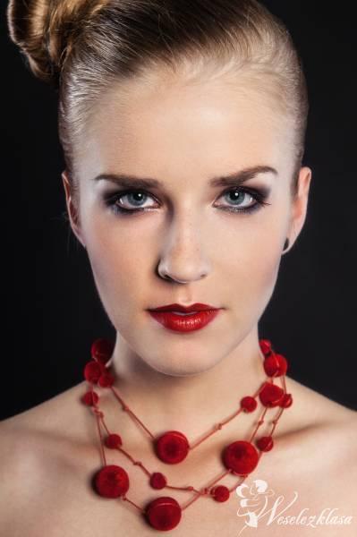 Profesjonalny makijaż wykonany przez dyplomowaną wizażystkę, Ciechanów - zdjęcie 1