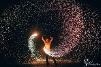 Eventcamp - Taniec z ogniem Fireshow + pokaz fajerwerków, Teatr ognia Częstochowa