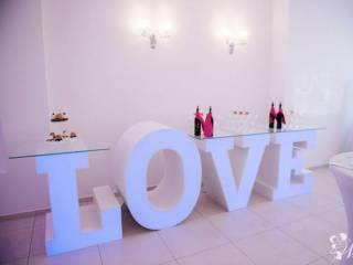 JUTO - Stół napis LOVE podświetlany,  Legnica