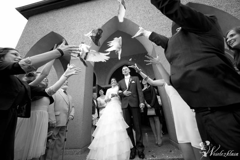 *Białe* gołębie na ślub Ha-Part, Rybnik - zdjęcie 1