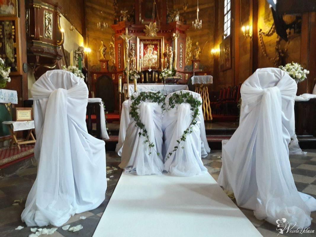 Biały i czerwony dywan do kościoła lub w plener,krzesła Chiavari, Kraków - zdjęcie 1