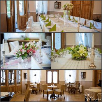 INSPIRO - klimatyczny pałacyk na małe przyjęcie weselne, Sale weselne Pabianice