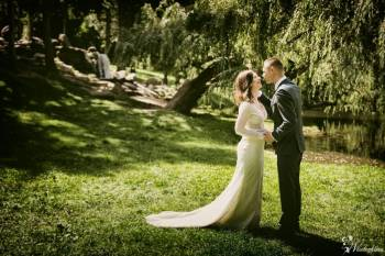 Piękne filmy ślubne - tylko Emerald Weddings, Kamerzysta na wesele Żuromin