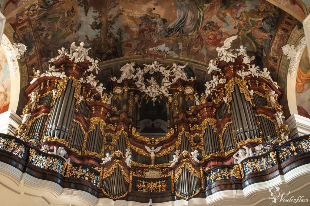 Oprawa muzyczna wykonana przez b. solistę Filharmonii Narodowej, Warszawa - zdjęcie 1