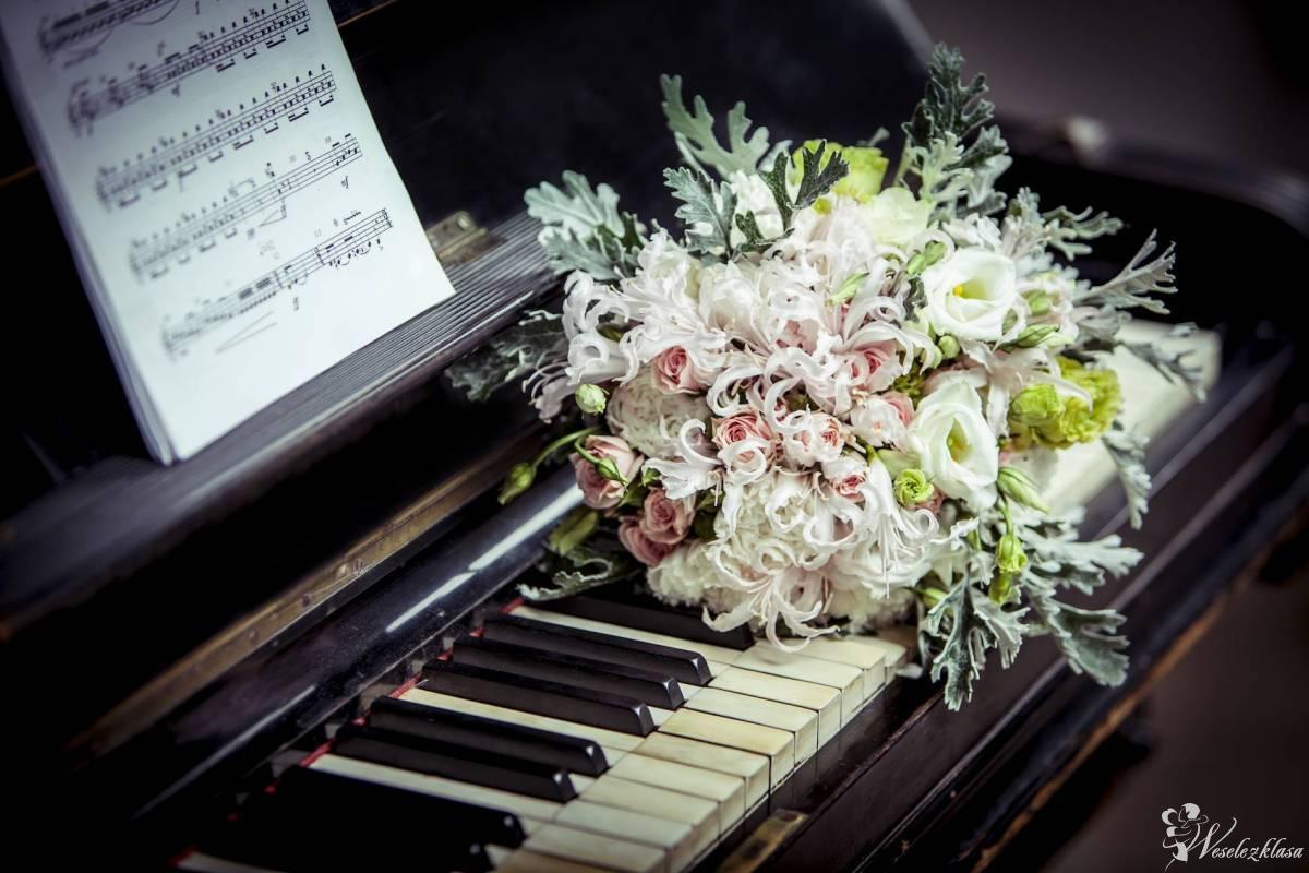 Oprawa muzyczna ceremonii ślubnej ( wokalistka, śpiewaczka, skrzypce), Katowice - zdjęcie 1