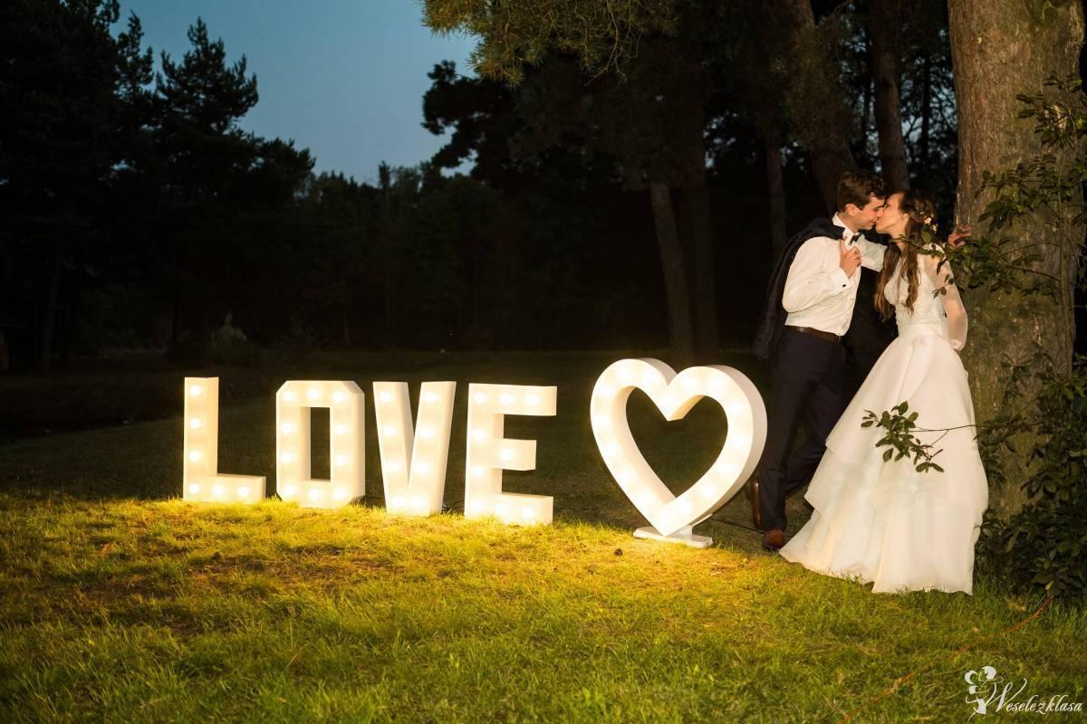 Dekoracja światłem LED   Wyjątkowy napis LOVE   CIĘŻKI DYM, Końskie - zdjęcie 1