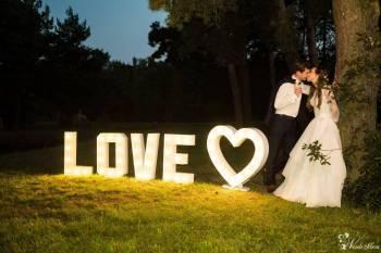 Dekoracja światłem LED | Wyjątkowy napis LOVE | CIĘŻKI DYM, Dekoracje światłem Końskie
