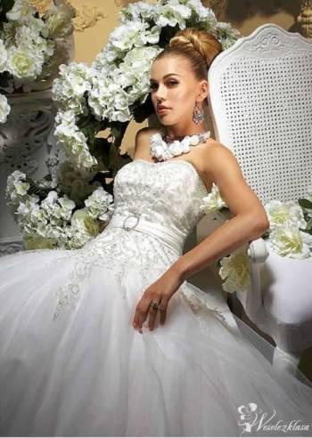 BellaRossa, Salon sukien ślubnych Grybów