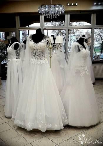 Salon Izabella, Salon sukien ślubnych Stawiski