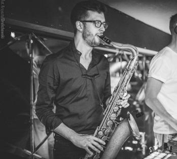 Saksofonista na wesele ślub bankiet imprezę firmową SAKSOFON LIVE, Oprawa muzyczna ślubu Szczawno-Zdrój