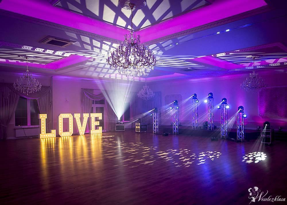 Hocus-Pocus - Dekoracja światłem, napis LOVE, taniec w chmurach, budka, Łowicz - Mysłaków - zdjęcie 1