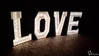 Podświetlany napis LOVE! Możliwy pakiet z Zaczarowaną Budką!, Napis Love Wadowice