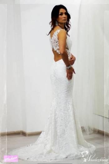 MODESA Salon sukien ślubnych i wizytowych, Salon sukien ślubnych Końskie