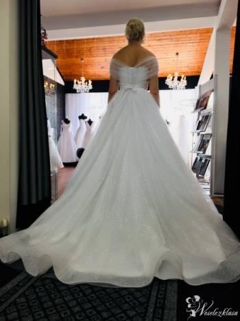 Suknie Ślubne tworzone z pasją GUSTO Centrum Mody Ślubnej, Salon sukien ślubnych Libiąż