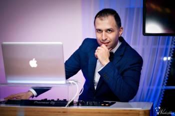 DJ Arman | Dekoracje światłem - Taniec w chmurach, DJ na wesele Drobin