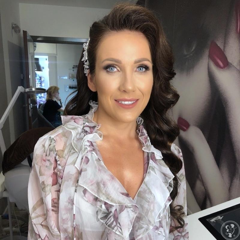 Emi Boniakowska - Make Up Artist profesjonalny makijaż ślubny, Kraków - zdjęcie 1