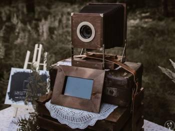 Wyretrowani - drewniana fotobudka w stylu retro vintage boho, Fotobudka, videobudka na wesele Tarnowskie Góry