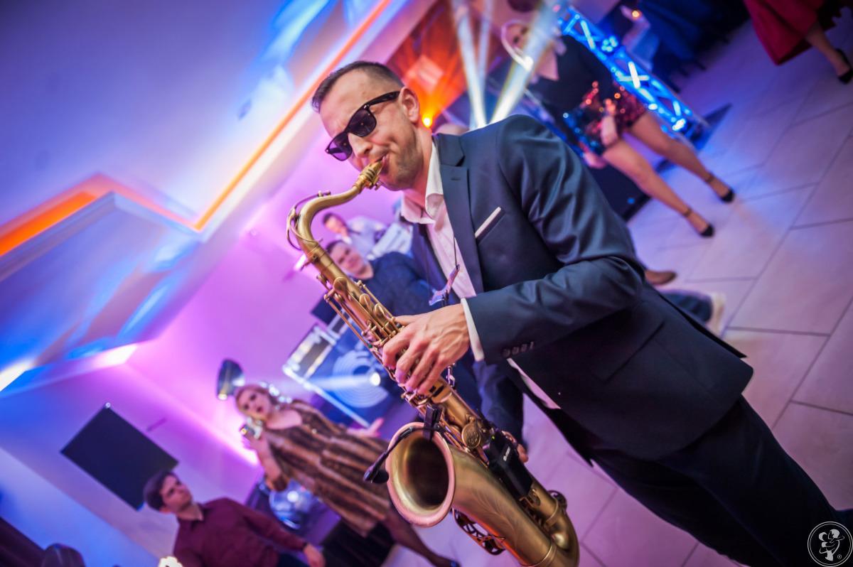 Saksofon SAX LIVE ACT na Twoje wesele, kameralny ślub, Wrocław - zdjęcie 1