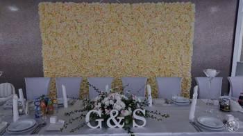 Ścianka kwiatowa, Dekoracje ślubne Szczekociny