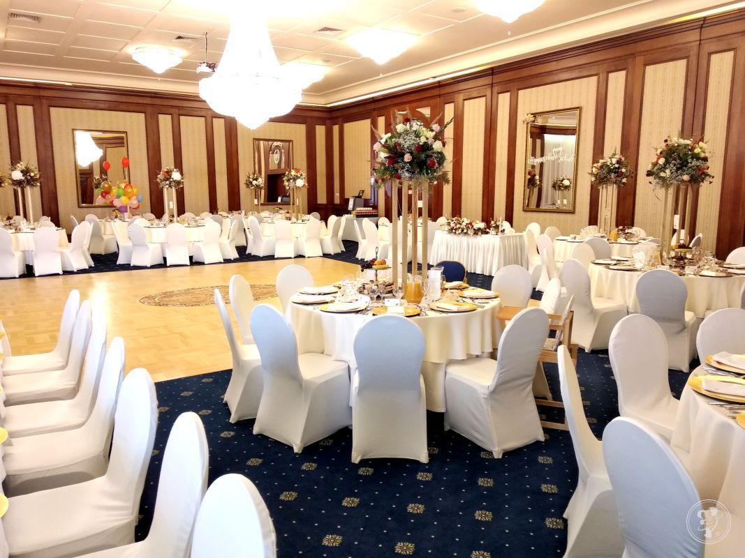 Najpiękniejsze przyjęcia weselne Hotelu Nowy Dwór w Świlczy, Rzeszów - zdjęcie 1