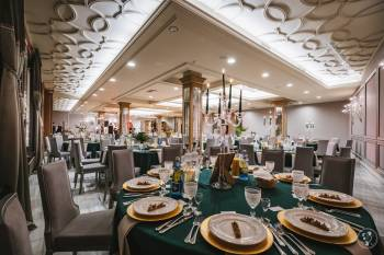 Hotel Traugutta3 - wesele w pięknej oprawie, Sale weselne Stawiski
