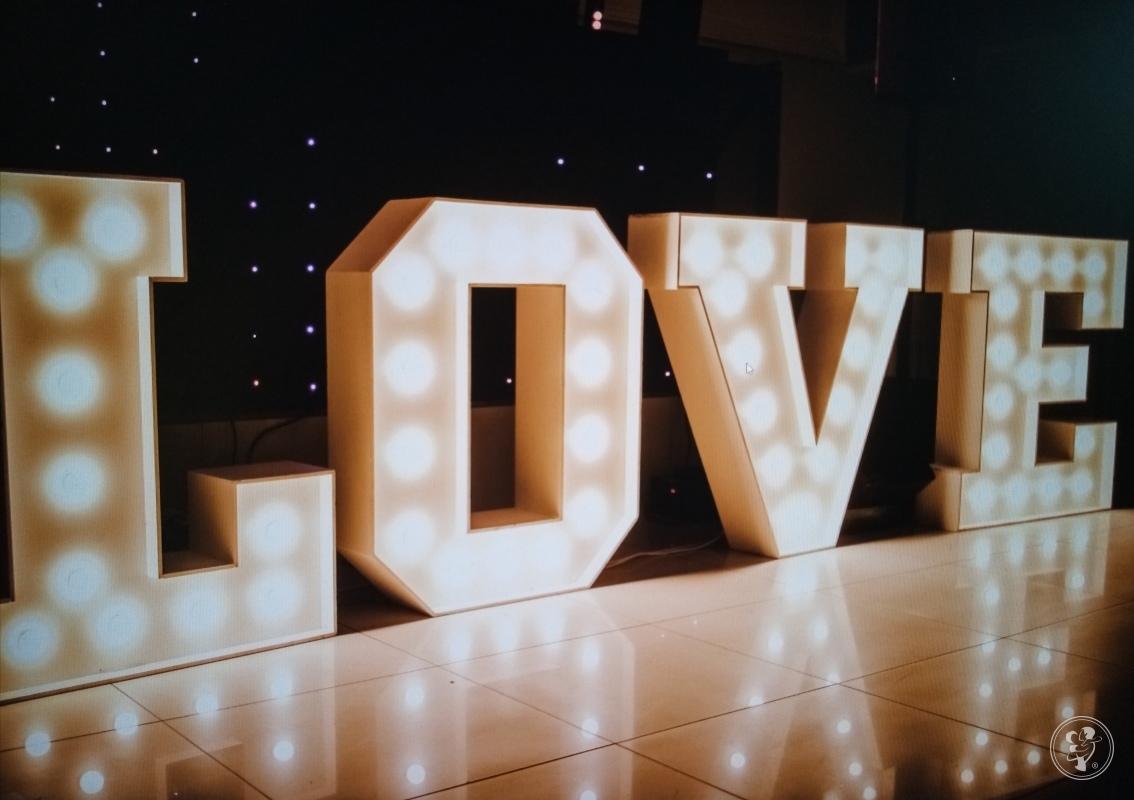 Napis LOVE, wolne terminy 2020, Piasek - zdjęcie 1