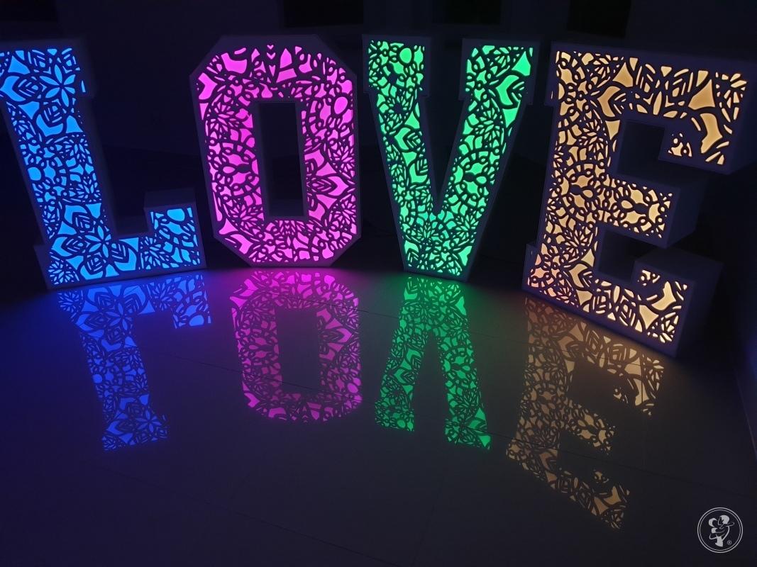 Ażurowy napis LOVE, Bielsko-Biała - zdjęcie 1