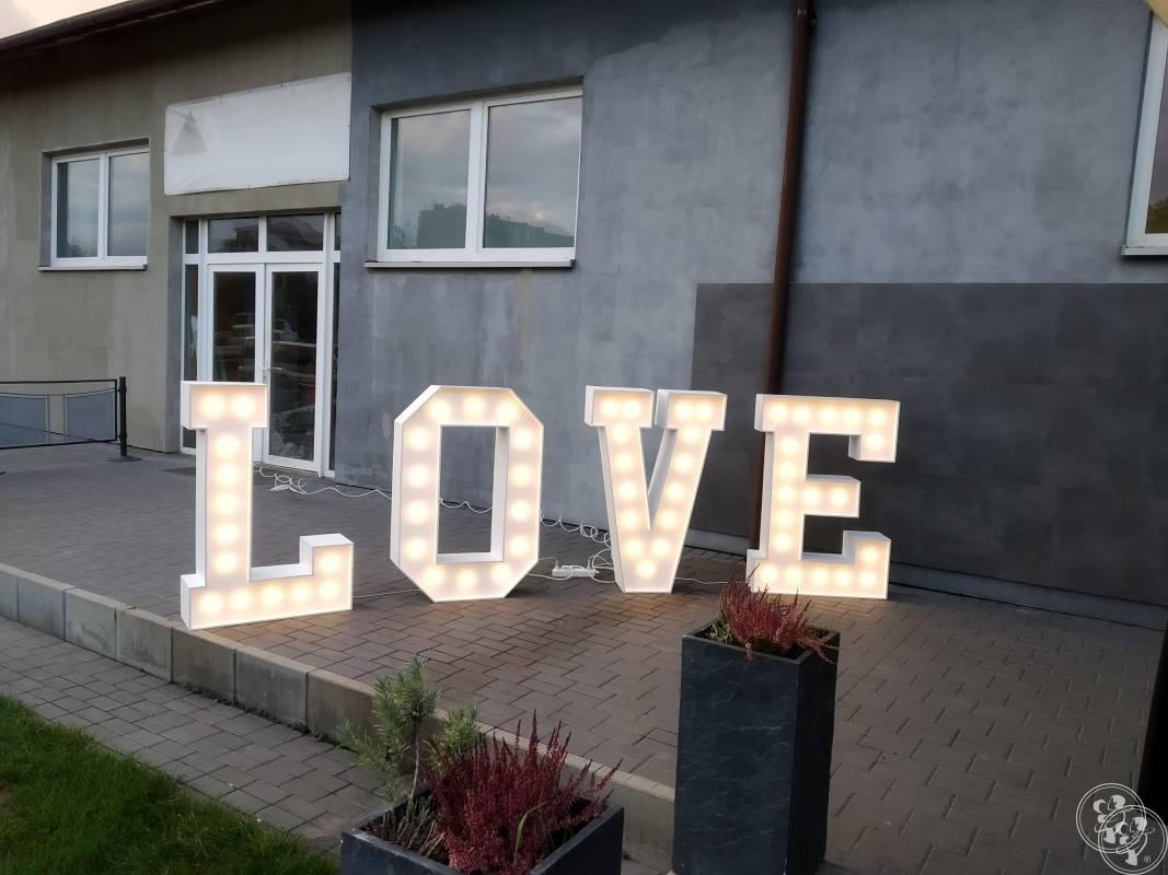 Napis LOVE, Skierniewice - zdjęcie 1