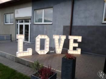 Napis LOVE, Napis Love Łask