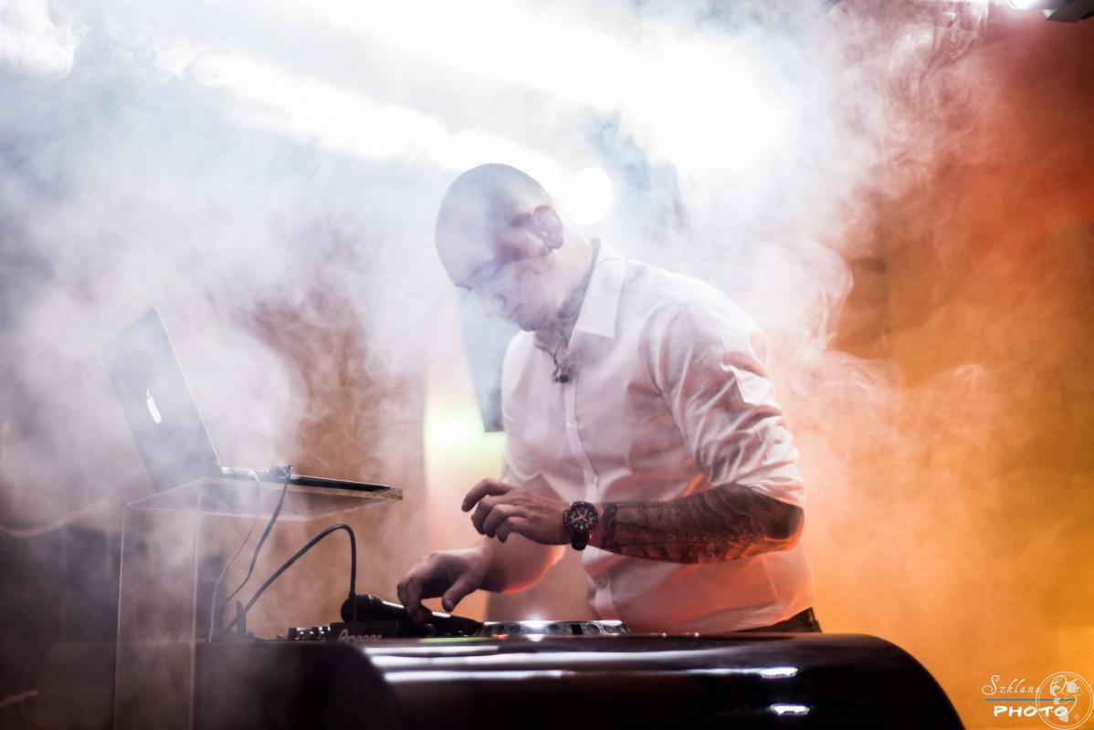 DAMIAN JANECZEK - DJ - KONFERANSJER, DJ na wesele Wrocław