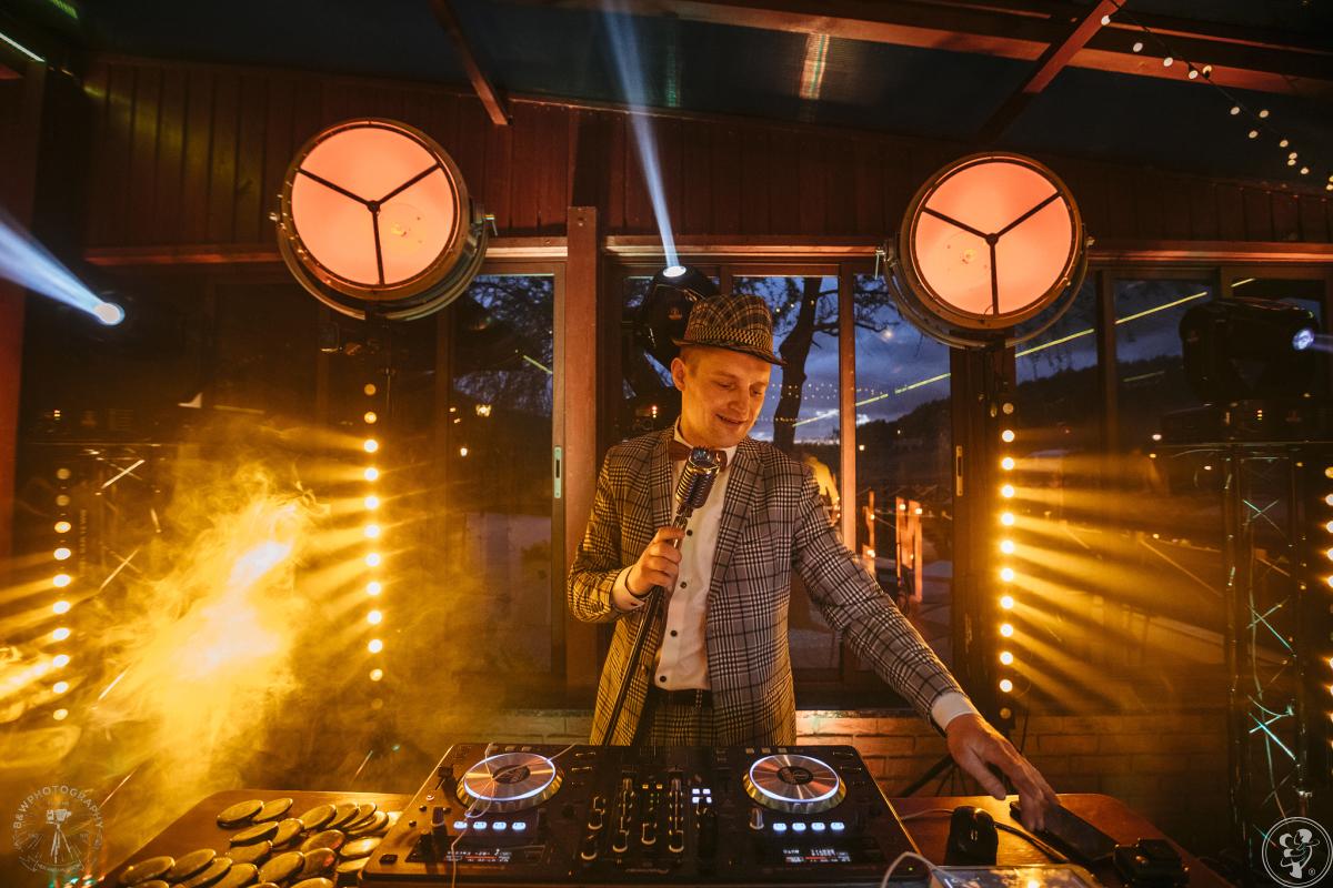 DJ 100bbe & Sax - Nowoczesne Wesela z Klasą / Fotobudka / Ciężki Dym, Grudziądz - zdjęcie 1