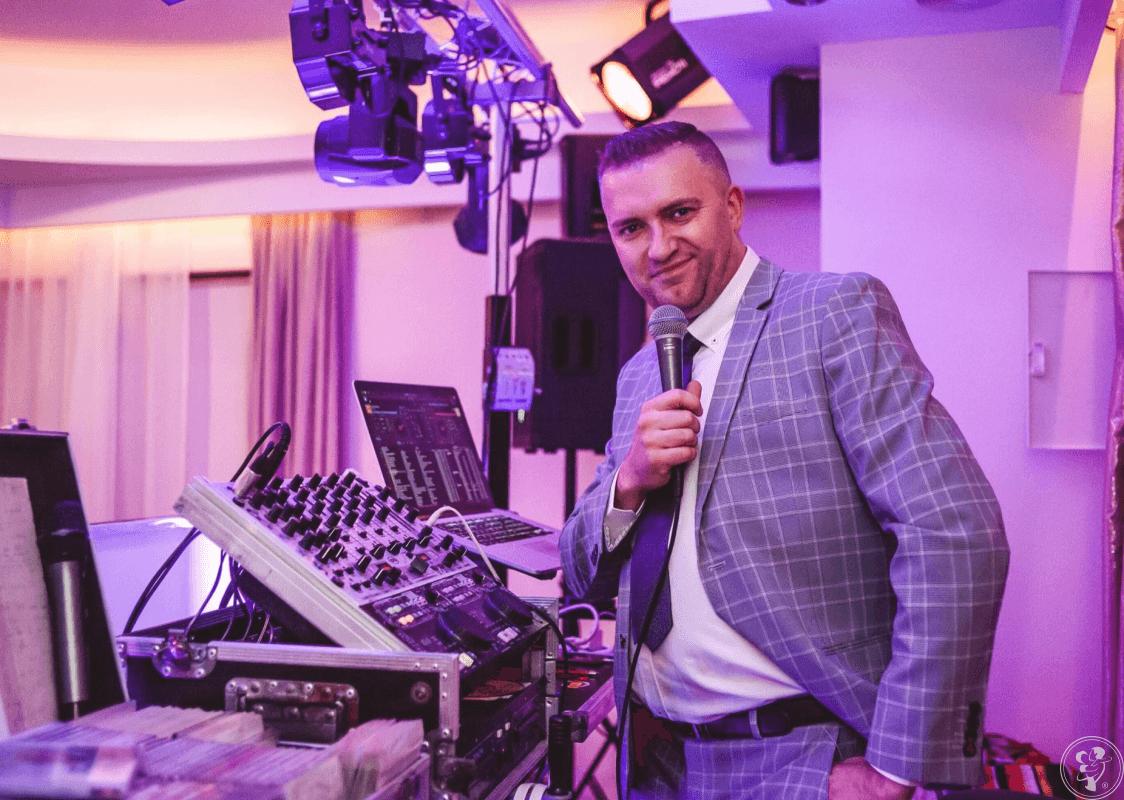 DJ Wodzirej Robert na Twoje Wesele, Karaoke, Ciężki dym, Fotobudka itp, Gdańsk - zdjęcie 1
