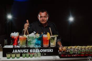 Janusz Kozłowski BARMAN NA TWOJE WESELE. MOBILNY, Pokaz barmański na weselu Sędziszów