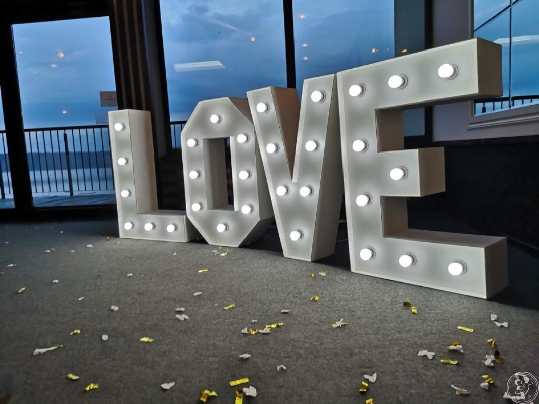 Podświetlany napis Love, Tarnów - zdjęcie 1