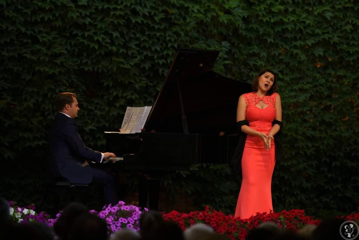 Profesjonalna oprawa wokalna ceremonii ślubnej - Paulina Horajska, Katowice - zdjęcie 1