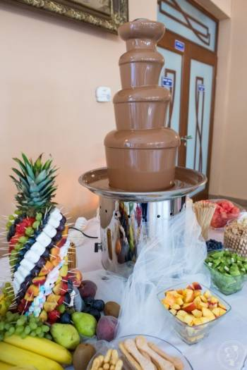atrakcje na wesela: fontanny czekoladowe, napis love, bańki mydlane, Czekoladowa fontanna Rabka-Zdrój