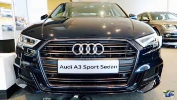 Czarna limuzyna Audi A3 Sport Limousine - Wolne terminy na 2020!, Samochód, auto do ślubu, limuzyna Łosice