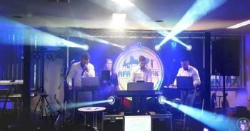 Afrodyzjak Band, Zespoły weselne Radłów
