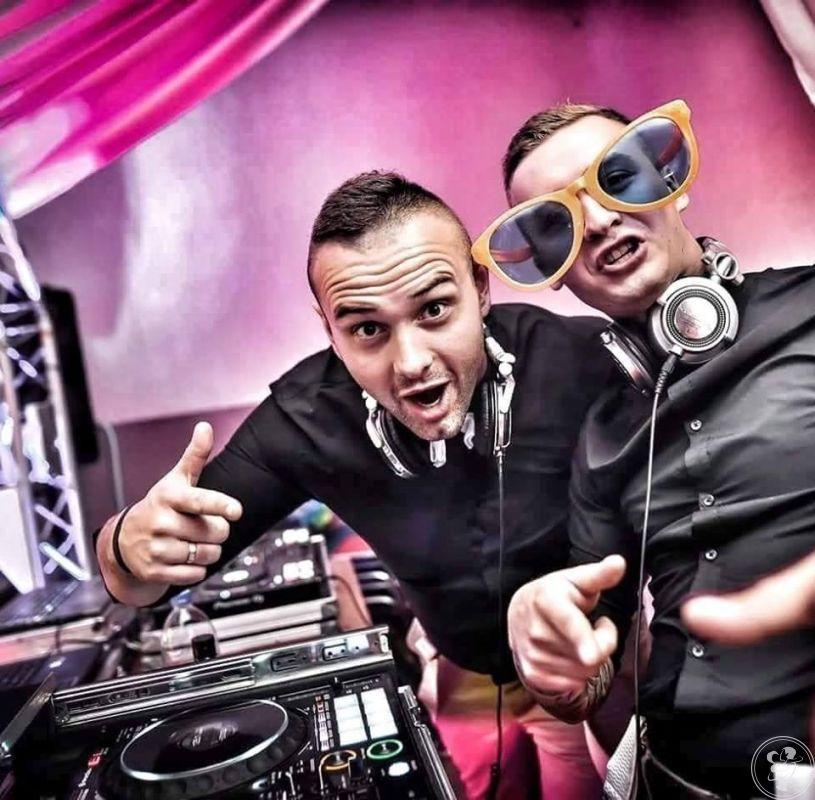 DJ BARTI - DJ BEIS   TO EMOCJE - Dekoracja Światłem - Ciężki Dym, Łask - zdjęcie 1