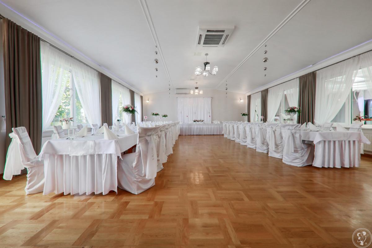 HOTEL** RESTAURACJA LELIWA, Przeworsk - zdjęcie 1