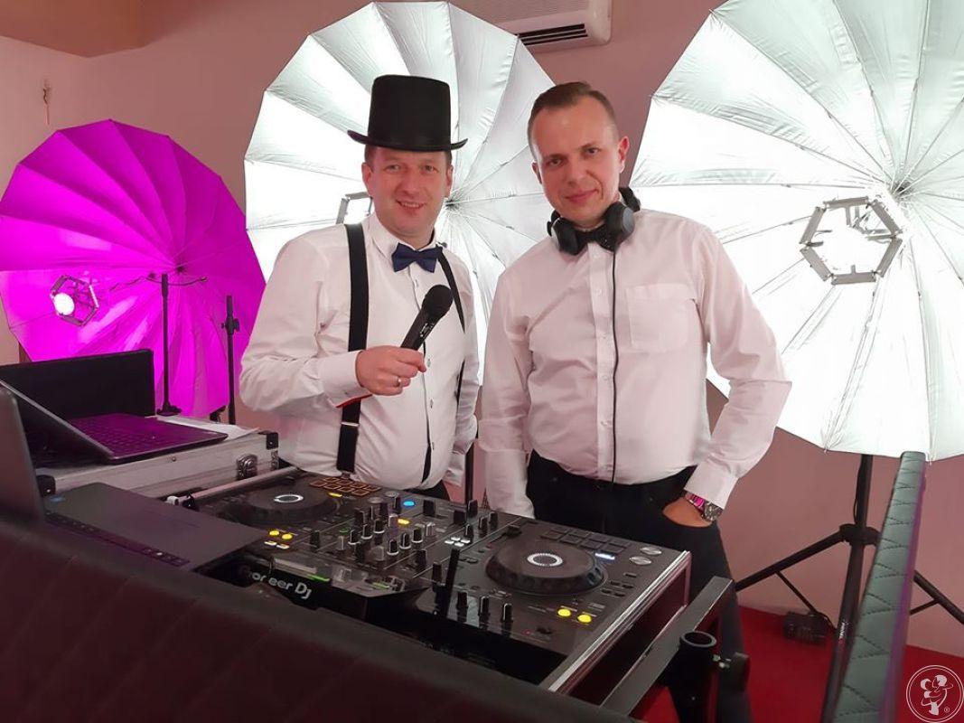 Weselny duet Wodzirej i DJ, efekty świetlne, atrakcje + muzyka na żywo, Ostrołęka - zdjęcie 1