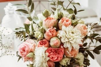 Kwiaty z dostawą i dekoracje weselne, Kwiaciarnia, bukiety ślubne Kraków