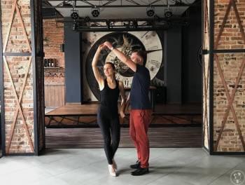 Nauka Pierwszego Tańca , Szkoła tańca Wołów