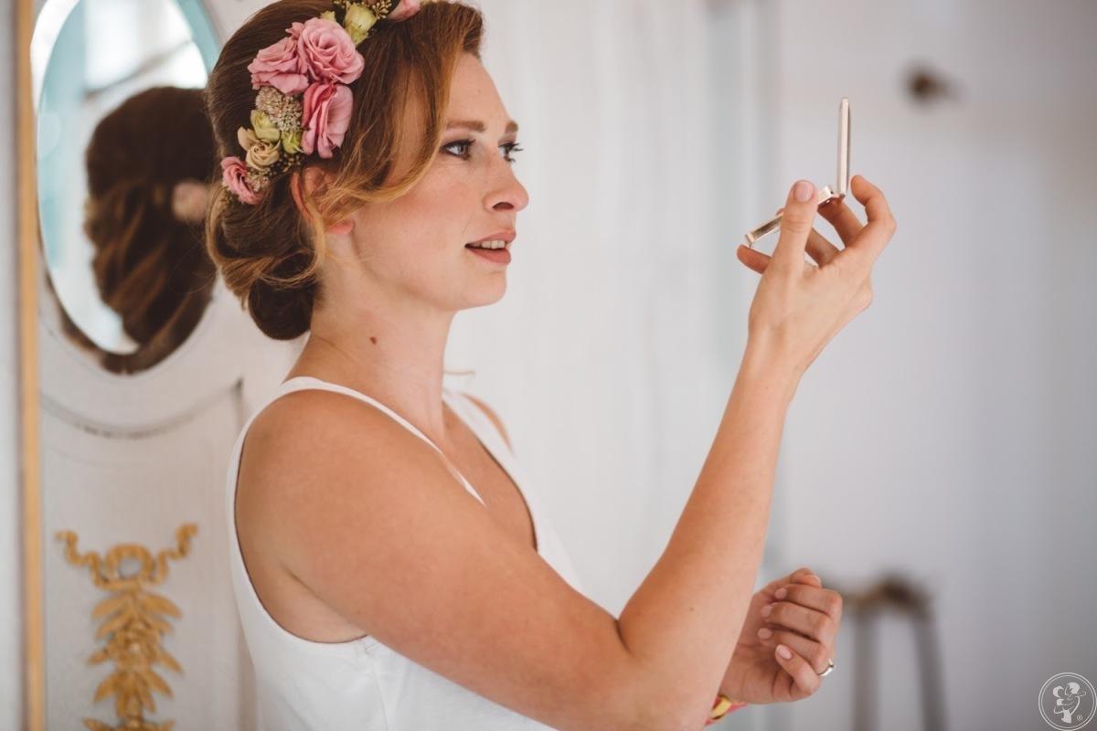 Kasia Kodroń profesjonalny makijaż i fryzury ślubne, Gdynia - zdjęcie 1