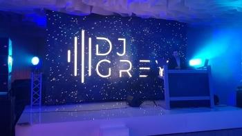 Dj Grey - Weddings & Events - Prezenter radiowy, DJ na wesele Halinów