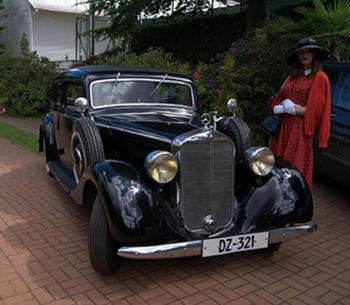 Klasyczne samochody do ślubu- muzeum gryf, Samochód, auto do ślubu, limuzyna Pelplin