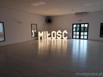 Podświetlany LED napis MIŁOŚĆ wynajem wesela, śluby, sesje, Fotobudka, Napis Love Szczucin