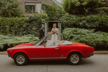 Zabytkowy Piękny Włoski Fiat 124 Spider Rosso Corsa z 1979 Pininfarina, Samochód, auto do ślubu, limuzyna Strzelce Opolskie