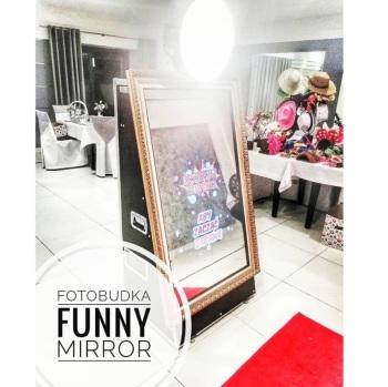 Fotobudka Lustro Funny Mirror, Fotobudka, videobudka na wesele Kępno